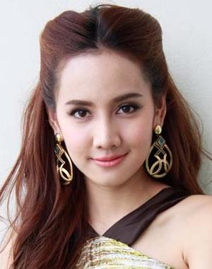 Donat Natchaya Mungnimit in Jao Mae Asorapit Thai Drama (2020)