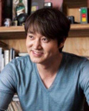 Myung Ho Lee
