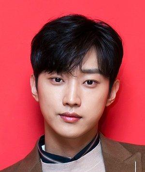 Jin Young Jung