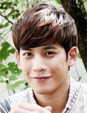 Park Ki Woong in Made in China Korean Movie (2015)