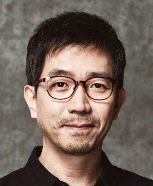 Hwa Ryong Lee