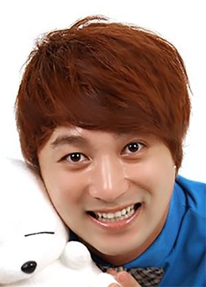 Hwang Je Sung in Golden Tower Korean Drama (2014)