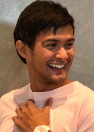 Matteo Guidicelli in Catch Me, I'm in Love Philippines Movie (2011)