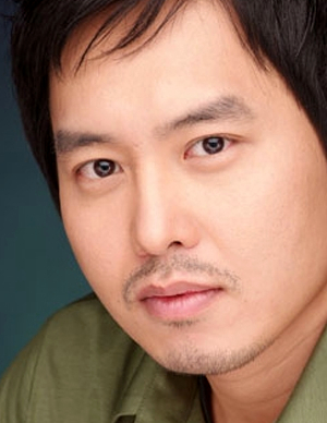 Yoon Gi Won in Bang Ja Chronicles Korean Drama (2011)