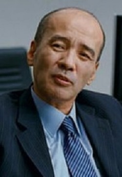 Lee Bong Gyu in A Good Lawyer's Wife Korean Movie (2003)