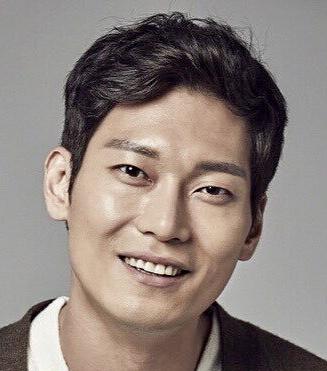 Park Hoon in Nobody Knows Korean Drama (2020)