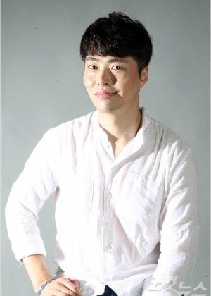 Yoon Ji Wook in Wind-Bell Korean Drama (2019)