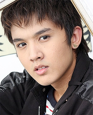 Thammon Pachara in Hua Jai Ploy Jone Thai Drama (2010)