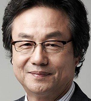 Dong Hwan Jung