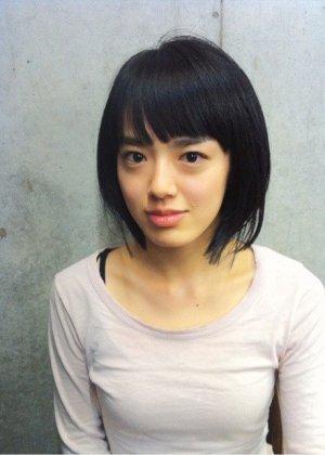 Tezuka Mai in Tayutau Japanese Movie (2017)