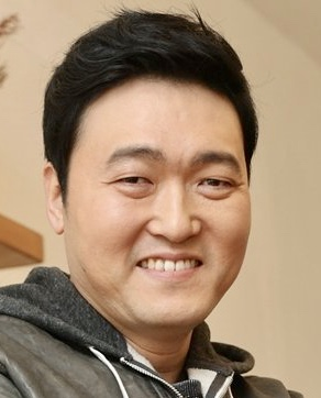 Lee Joon Hyuk in The Mimic Korean Movie (2017)