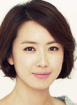 Hong Eun Hee in Enjoy Life Korean Drama (2009)