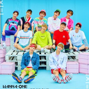 Wanna One Go (2017) photo