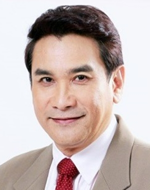 Hiranyasap Toon in Wannueng Jaa Pben Superstar Thai Drama (2015)