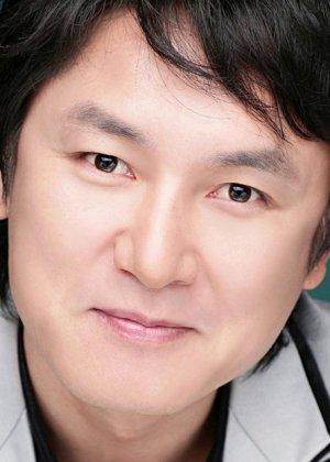 Yoon Yong Hyun in Magic Korean Drama (2004)