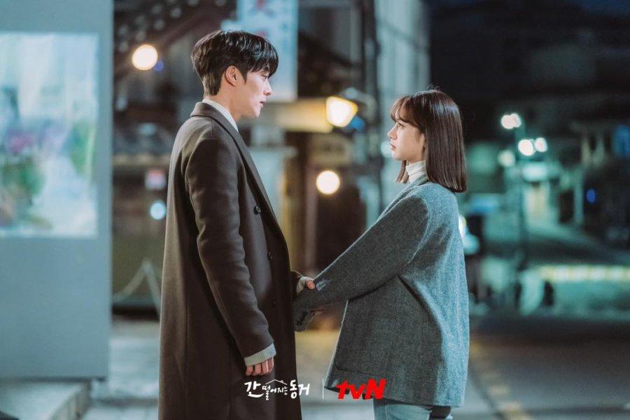 Hyeri và hồ ly Jang Ki Yong khóa môi ngọt lịm nhưng cái kết lại khiến netizen nổi da gà - Ảnh 7.