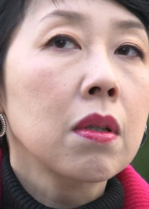 Fuse Eri in Henshin Interviewer no Yuuutsu Japanese Drama (2013)