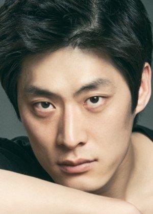 Baek Jong Hwan in 10 Minutes Korean Movie (2013)