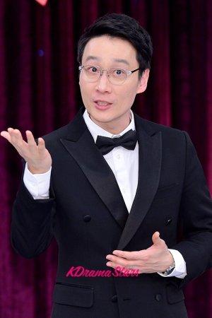 Lee Hwi Jae (이휘재) - MyDramaList  Lee Hwi Jae (�...