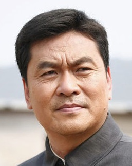 Yang Hong Wu in The Mystery of Emperor Qian Long Chinese Drama (2014)