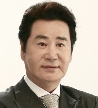 Favorite ajumma/ahjussi of k-entertainment