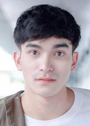 Strong Charoenchai Khantichaikhajohn in What the Duck 2: Final Call Thai Drama (2019)