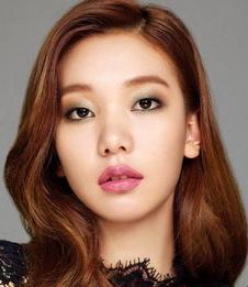 Ho Jung Lee