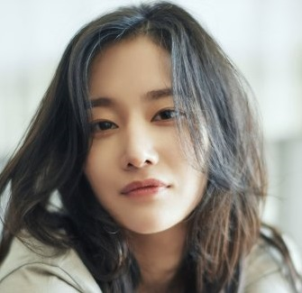 Jeon Jong Seo in Call Korean Movie (2020)
