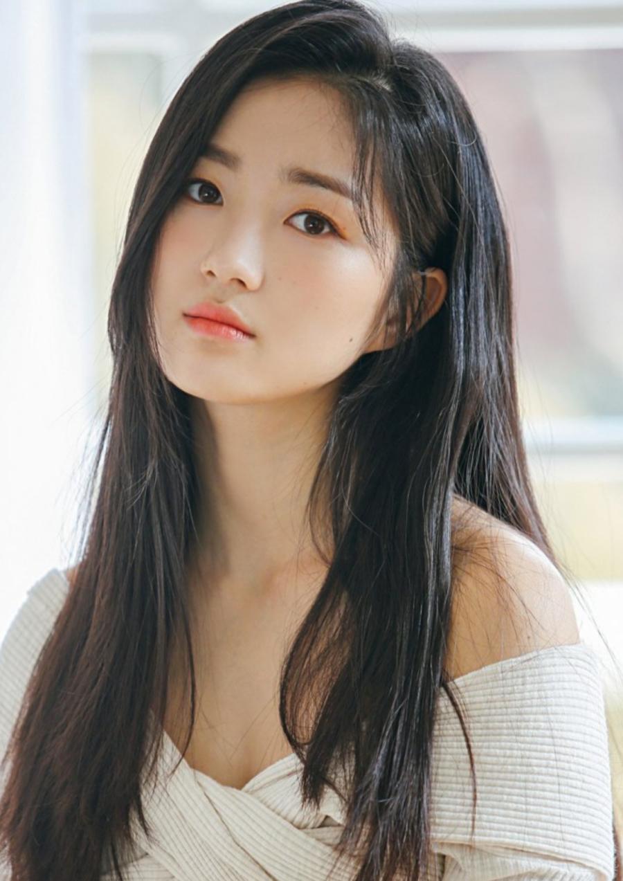 Girlfriend 2018 taecyeon Has Taecyeon