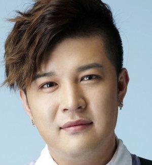 Dong Hee Shin