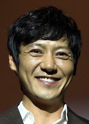 Hwang Tae Kwang in Azooma Korean Movie (2013)
