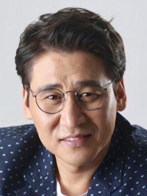 Do Kyum Lee