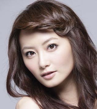 Joyce Zhao in 100% Senorita Taiwanese Drama (2004)