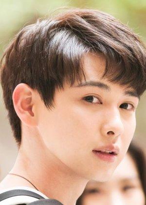 Zhang Yong Bo in I'm Not An Agent Chinese Drama (2020)