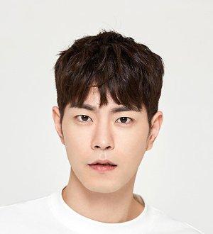 Jong Hyun Hong
