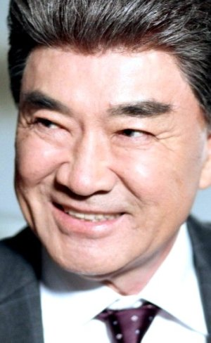 Duk Hwa Lee