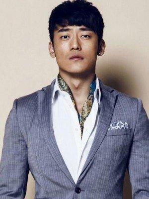 Jun Xiao Liu