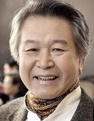 Ho Jae Lee