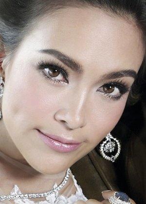 Taya Rogers in Prissana Thai Drama (2000)
