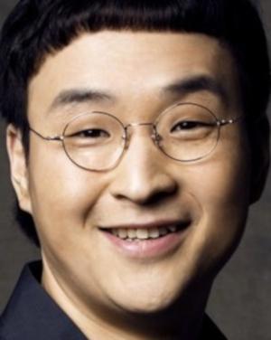 Koo Sung Hwan in Public Enemy Returns Korean Movie (2008)