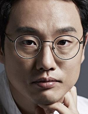 Jung Young Ki in Loveholic Korean Movie (2010)