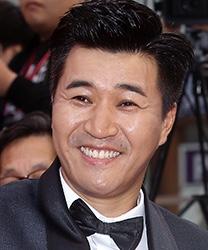 Kim Jong Min in Busted 2 Korean TV Show (2019)