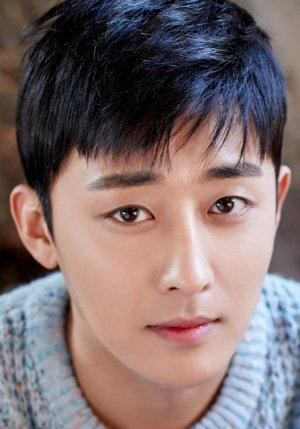 Ho Jun Son