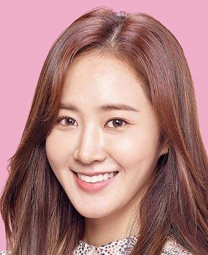Yu Ri Kwon