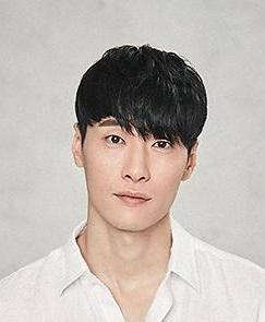 Kim  Dong Won in The Aggressives Korean Movie (2005)