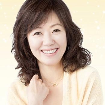 Asada Miyoko in Red Whale, White Snake Japanese Movie (2006)