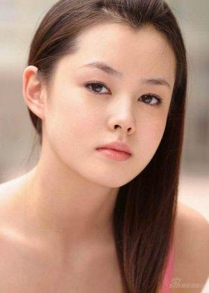 Liu Yi Han in Piaoyao Rensheng Bianji Chinese Drama (2012)