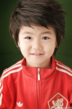 Ji Sung Uhm