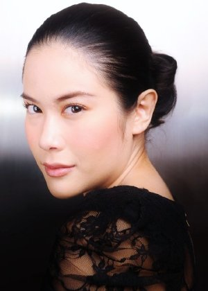 Ploy Jindachote in Kon Rak Game Payabaht Thai Drama (2006)