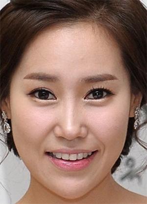 Hwang Eun Jung in Missing Korean Movie (2009)
